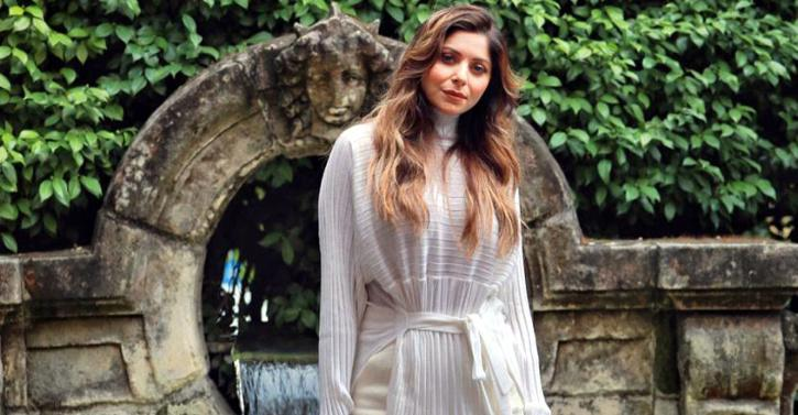 Singer Kanika Kapoor Finally Tests Negative For COVID-19 ...