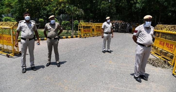 Delhi police arrested thak thak gang members
