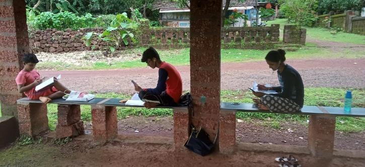 Online Classes, Online Classes Kerala, COVID-19 Schools, Kerala Online Education, Smartphone Classes
