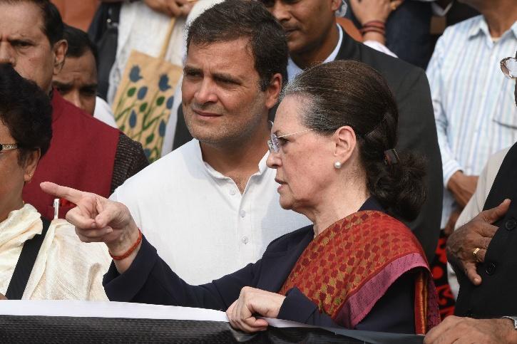 Sonia Gandhi, Sonia Gandhi Resignation, Sonia Gandhi Rahul Gandhi, Congress Chief, CWC, CWC Meeting