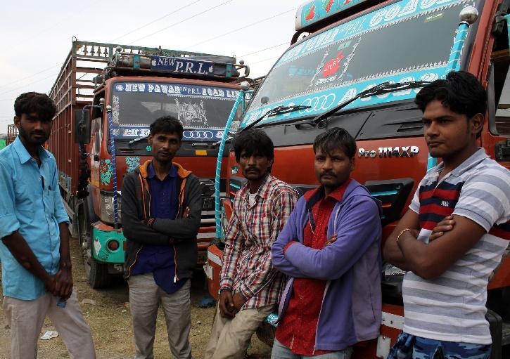 Cigarette Truck, Cigarette Truck Hijack, Cigarette Truck Hijack Tamil Nadu,  Sriperumbudur