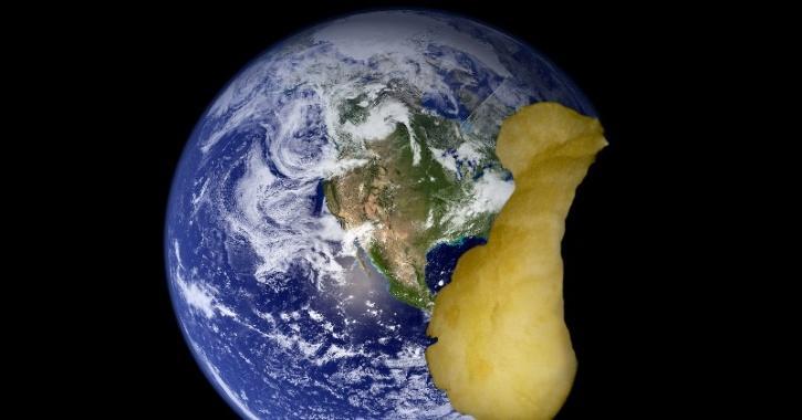 Apple earth planet