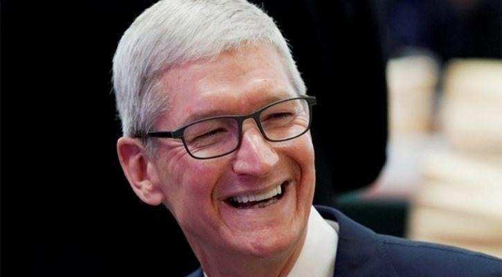 Tim Cook 9 years at apple