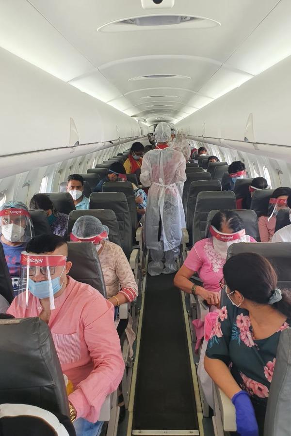 flight-678-5f4b7c7188091