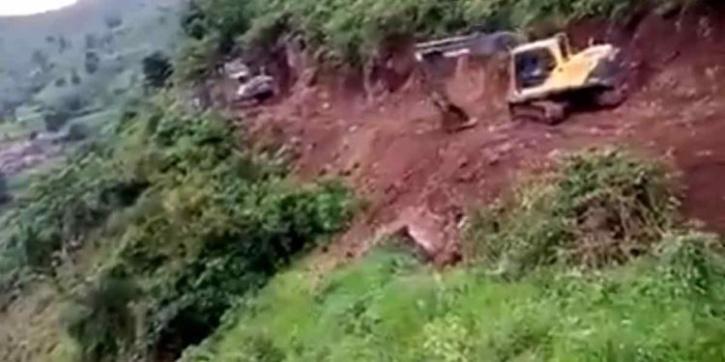 Self-reliant tribal villagers of Vizianagaram pool money to build roads