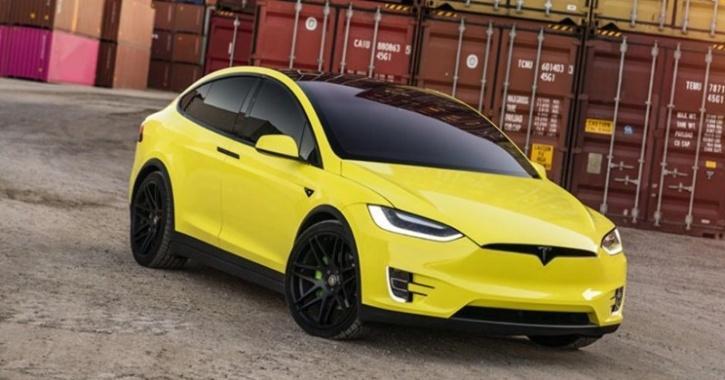 Tesla Car Wrap Service