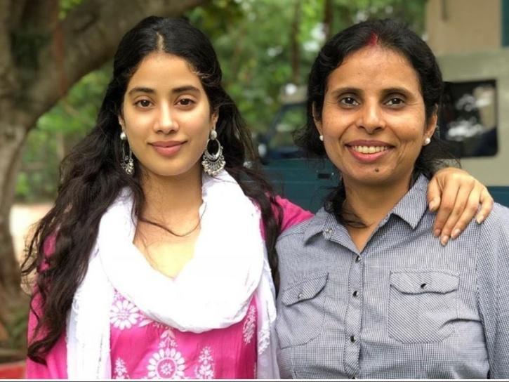 Gunjan Saxena and Janhvi Kapoor.