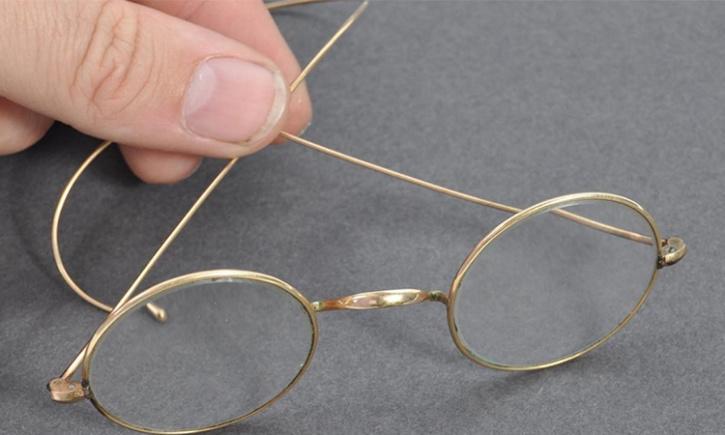 Gold plated glasses of Mahatma Gandhi