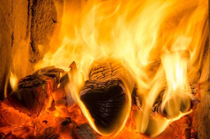 fire burning during cremation