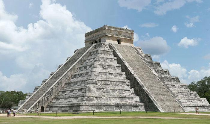 Chichen Itza Before & After