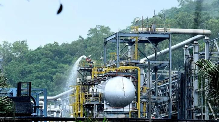 IFFCO's Ammonia Plant, IFFCO's Ammonia Plant Leak, IFFCO Gas Leak, IFFCO  Prayagraj Leak