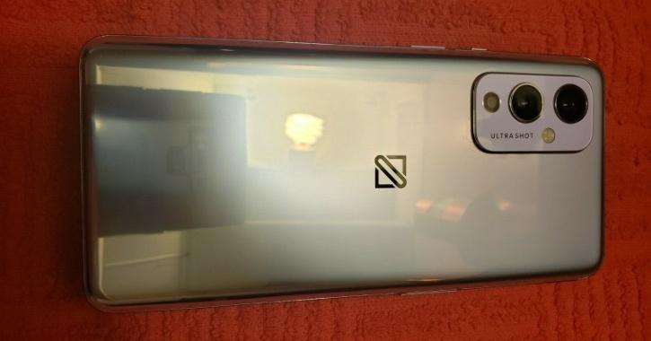 OnePlus 9 back panel camera