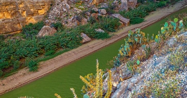 US Rivers Are Turning Yellow Or Green And Scientists Don