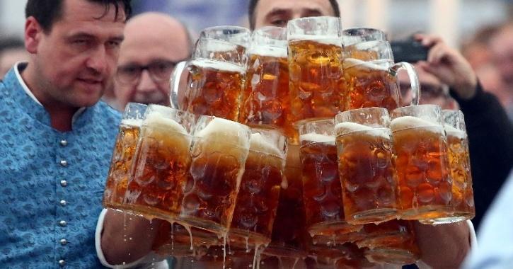 beer drinking covid-19 lockdown