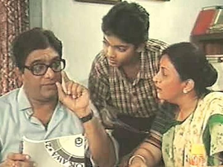Wagle Ki Duniya starred Anjan Srivastav, who was a sales clerk in a multinational and Bharti Achrekar as his wife.