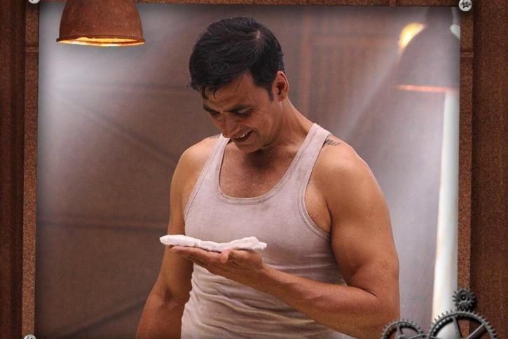 Akshay Kumar holding a sanitary napkin in Padman / Twitter