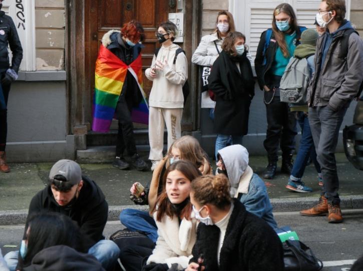 protest-5fddd16f91133