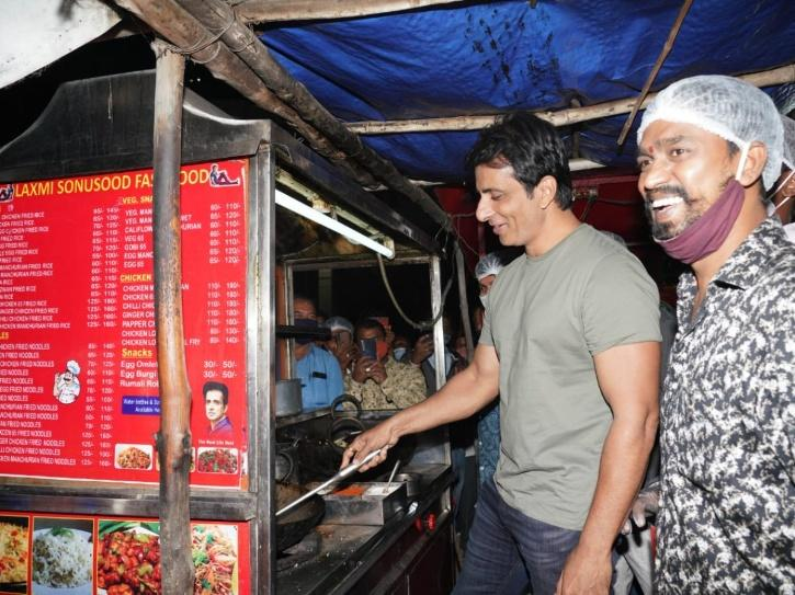 Sonu Sood Fastfood Stall