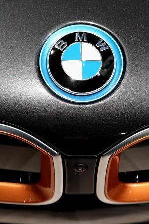 BMW i4 Teaser Image