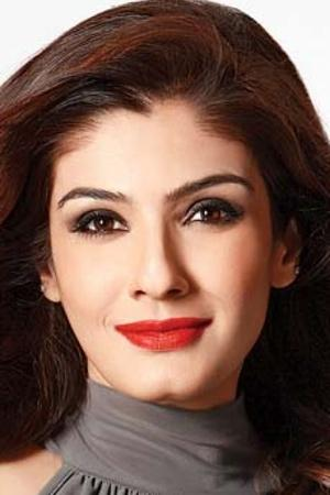 Raveena Tandon Questions Why Only Actresses Are Scrutinised For Plastic Surgery & Not The Male Stars