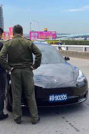 Taiwan Military, Tesla Model 3