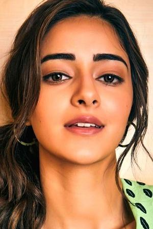 Ananya Panday Gets Trolled, Kamal Haasan Condoles Death Of His Crew & More From Entertainment