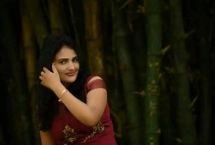 Playback Singer Sushmitha Hangs Herself, Blames Her In-Laws Of Harassment In Suicide Note