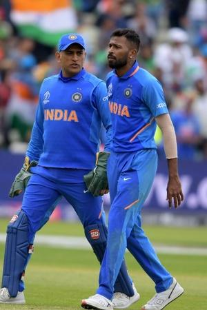 Dhoni and Pandya