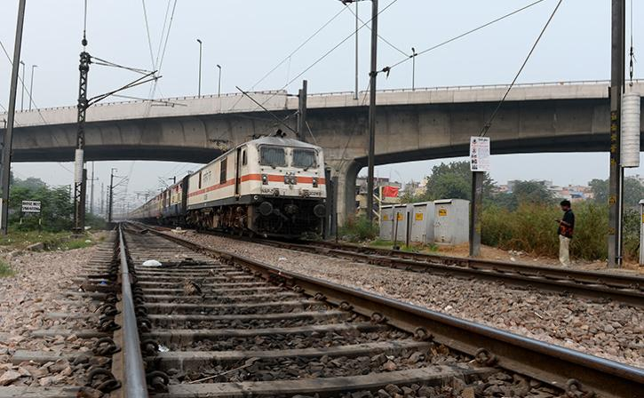 Indian Railways To Use Facial Recognition Amid Privacy Fears