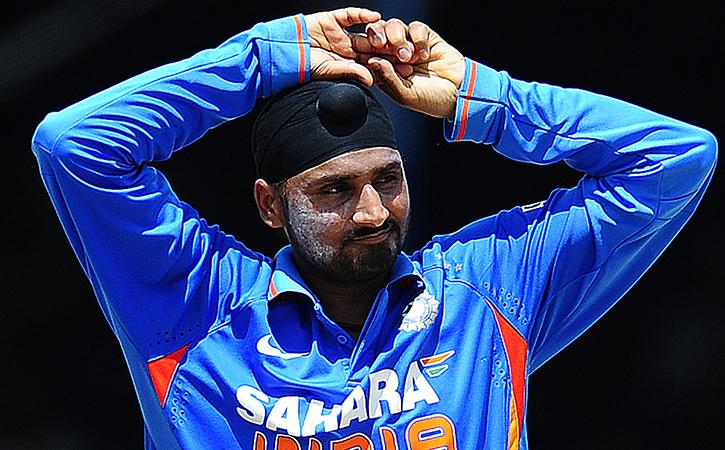 Virat Kohli Imitated Harbhajan Singh Bowling Action