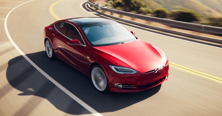 Tesla Model S, Tesla Glass Technology