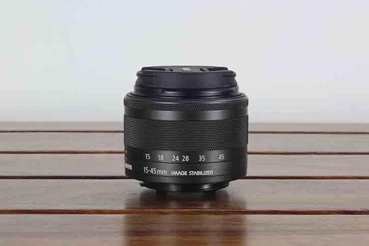 Canon 15-45 M mount lens