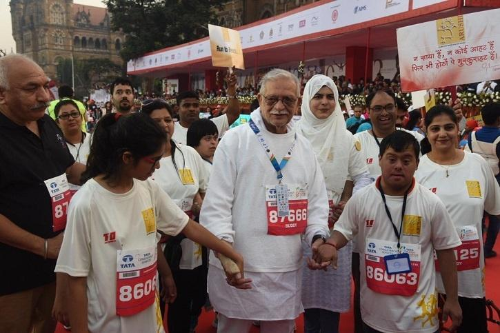 Celebs Participate In Mumbai Marathon & Raise Environmental Issues