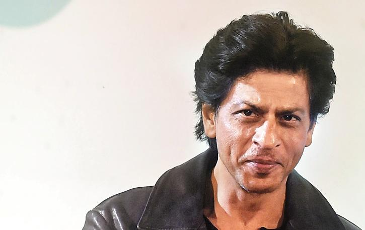 Shah Rukh Khan Ignores Questions On CAA During #AskSRK Session On Twitter, Choses To Maintain Silence