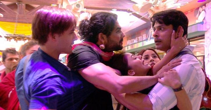 Sidharth and Asim fighting