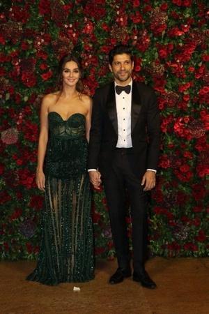 Shibani and Farhan to make their relationship official
