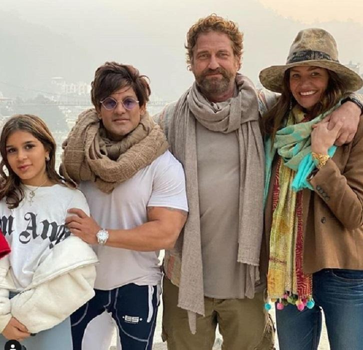 Emilia Clarke & Gerard Butler Celebrated New Year In India, Rishikesh.