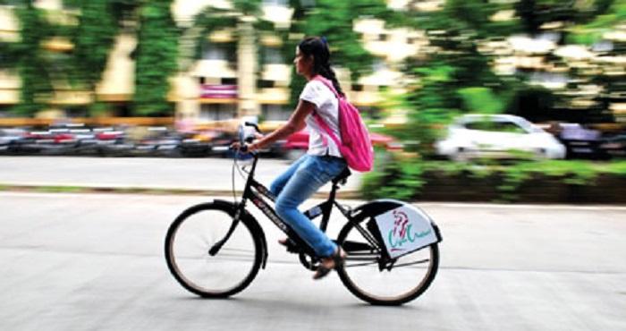 girl on cycle
