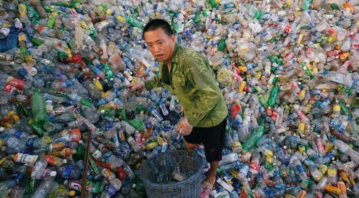 japan government wants to collect 100 percent plastic waste to recycle and reuse plastic