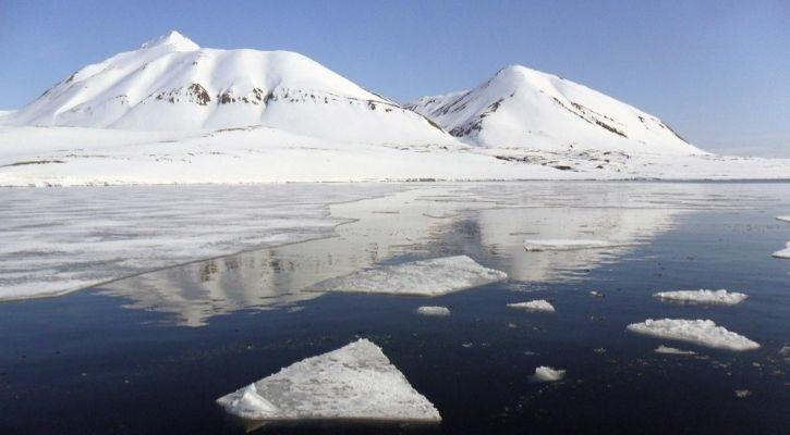 melting ice will cause higher arctic waves due to global warming