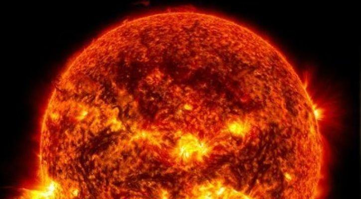 NASA sun timelapse video of 10 years of solar activity
