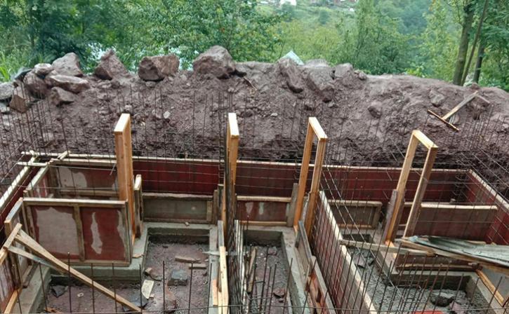 Underground Bunkers Along Loc In Kashmir