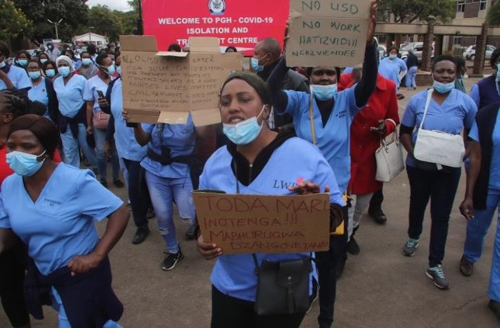 Medical staff protest amid pandemic