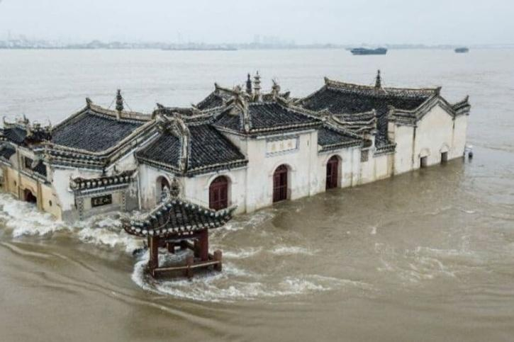 China Temple  Floods