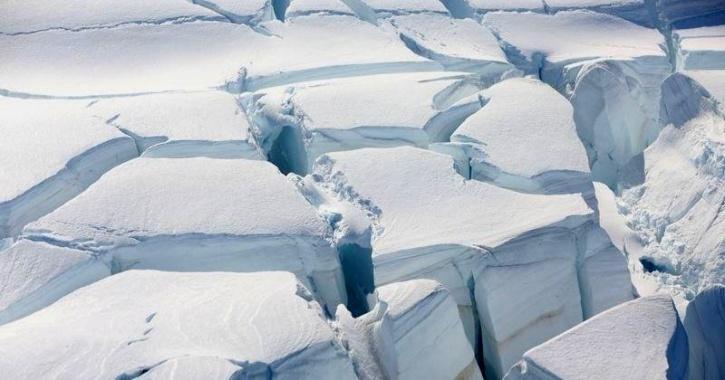 Antarctica ice melt