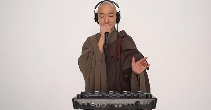 beatboxing monk
