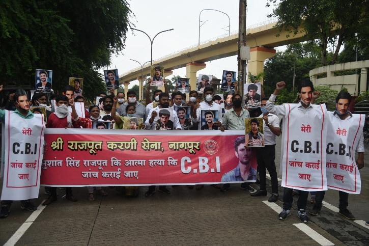 members of Rajput Karni Sena staged protest at Samvidhan Square in Nagpur and demanded justice for Sushant Singh by handing over the case to CBI.