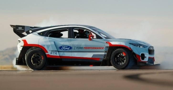Ford Mustang Mach-E, Mustang Mach-E 1400, Ford Electric SUV, Ford Electric Car, Mustang, EV News, Auto News
