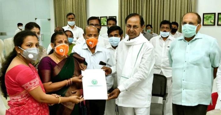 Santoshi Babu with CM