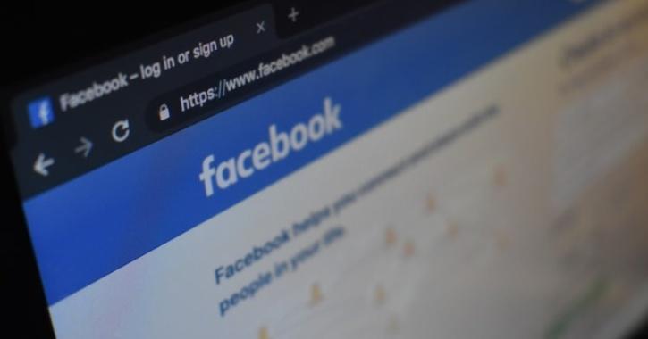 social media login page on facebook